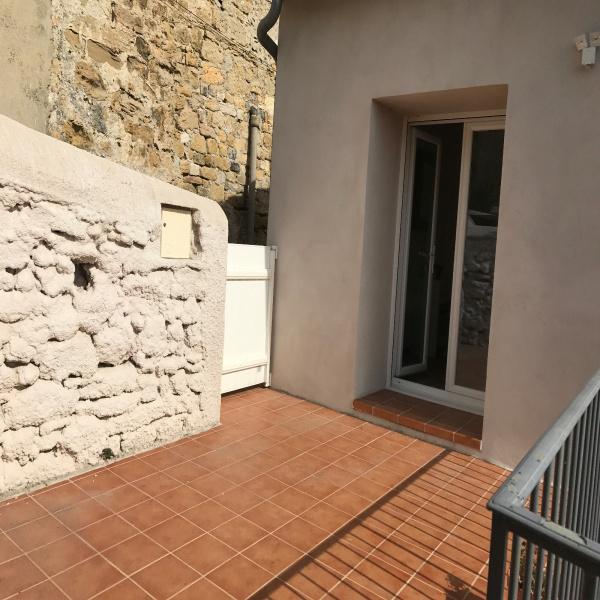 Offres de location Maison de village Moussac 30190